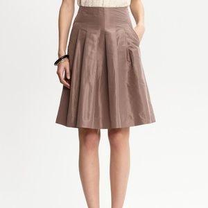 Banana Republic Brown Knee Length Silk Skirt US 4